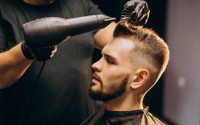 Da Waikiki ci sono i migliori parrucchieri uomo di Busto Arsizio